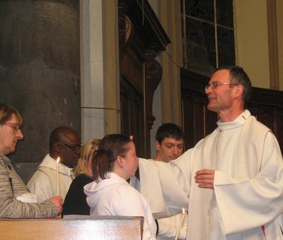 Baptême : l'onction du saint-c=rême