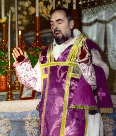 Padre_Pio_9