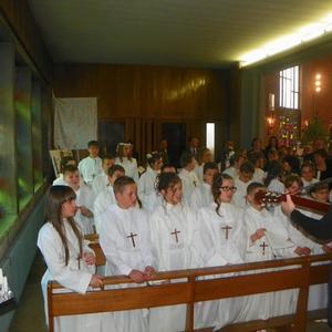 communion-Bouchain-mai2012 015