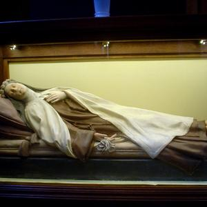 st therese 003.jpg