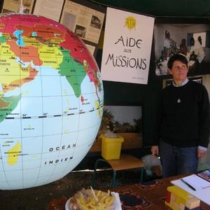 Anne DECOURTY, et A.T.M. (Aide aux Missions)