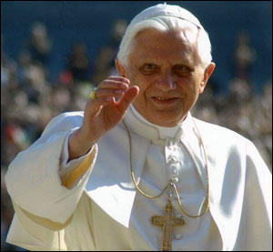 Pape-Benoit-XVI-