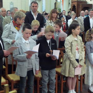 1ere communion villers guislain 5mai 2013 013