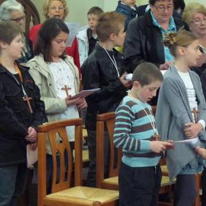 1ere communion villers guislain 5mai 2013 014