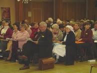 8-Mgr Garnier et une partie de l'assemblée