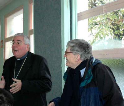 Et l'évêque commente