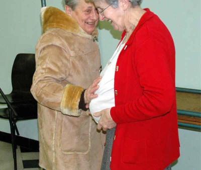 Rires d'Anne avec Mme Caron