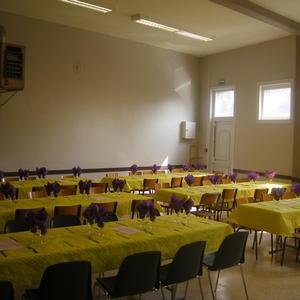 La table pour les 150 convives