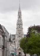 2013_05_11_6443_Notre_Dame_du_Saint_Cordon.jpg