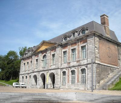 Maubeuge porte de Mons (5).JPG