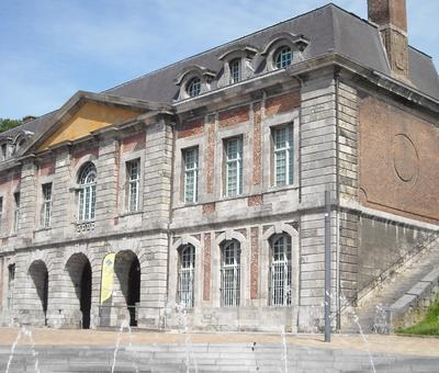 Maubeuge porte de Mons (7).JPG