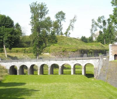 Maubeuge remparts (4).JPG