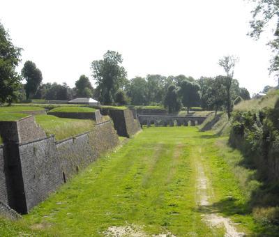 Maubeuge remparts (6).JPG
