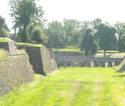 Maubeuge remparts (7).JPG