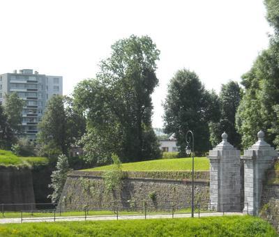 Maubeuge remparts (11).JPG