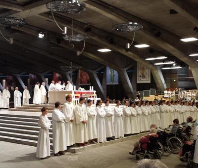 Lourdes Enfants Aout 2013.jpg