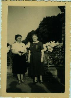 Louise Caudrelier (à gauche) et Mme Dereugnaucourt (secteur de Râches)