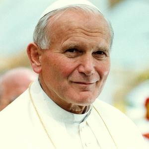 St Jean-Paul II