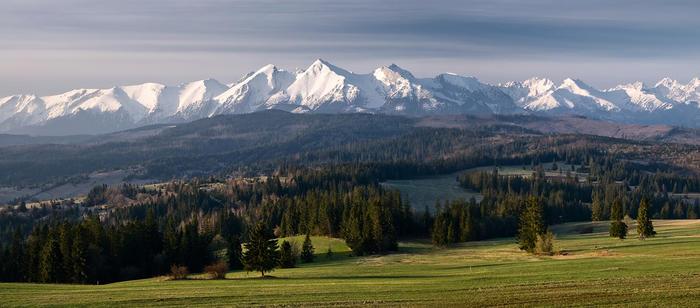 High_Tatras_skyline_01