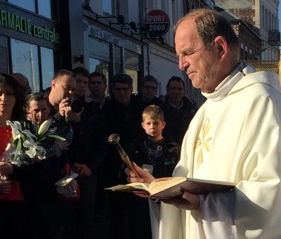 Benediction stele Nouvelle Confrerie 1 nov 2015 00