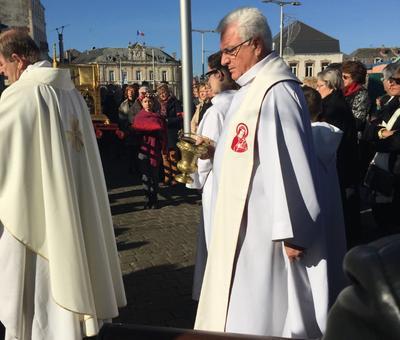 Benediction stele Nouvelle Confrerie 1 nov 2015 15