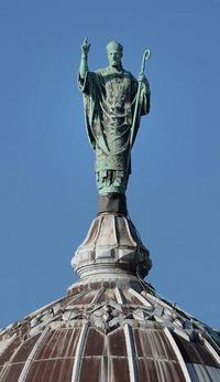 statue-St martin de tours