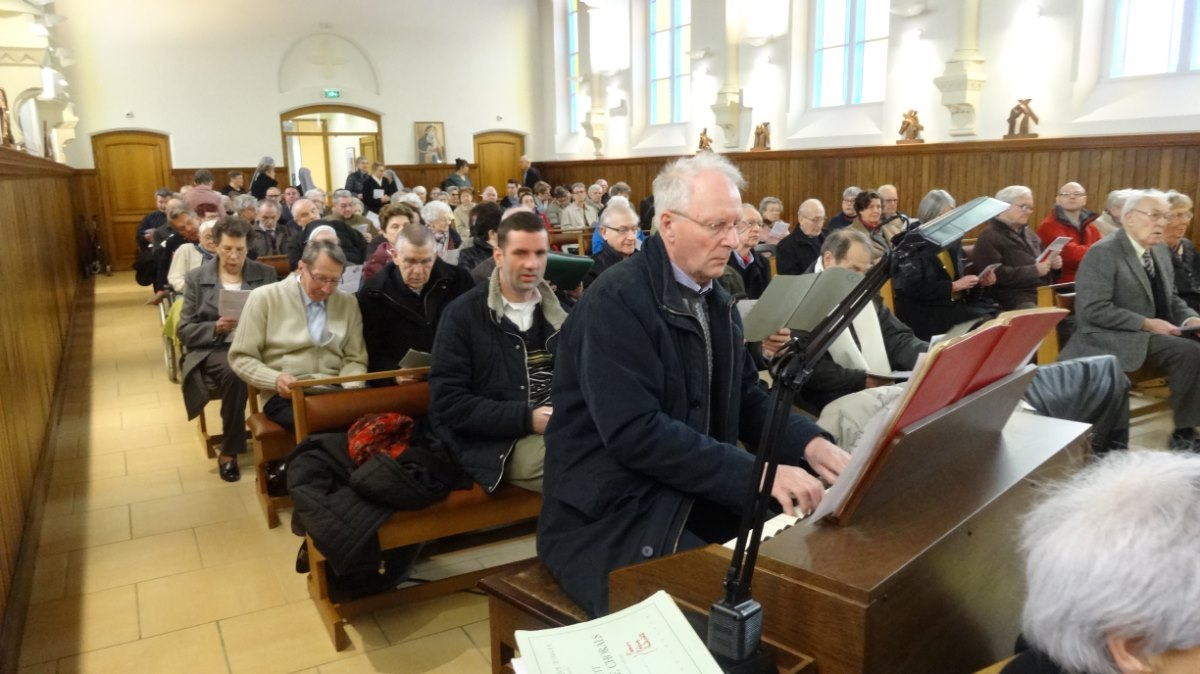 Dominique Artielle, organiste titulaire des grandes orgues de la cathédrale
