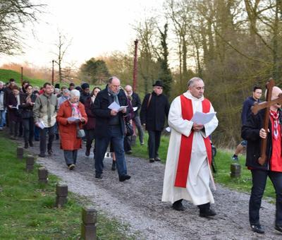 Chemin de Croix Conde 2016 65