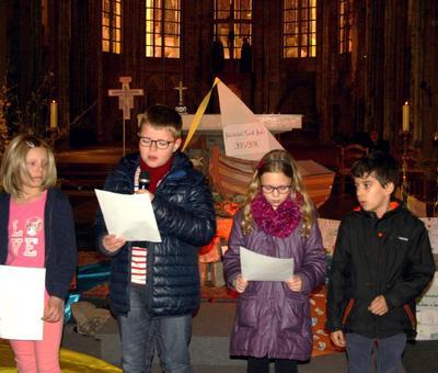 1603_Célébration pour Pâques (St-Jean) 35