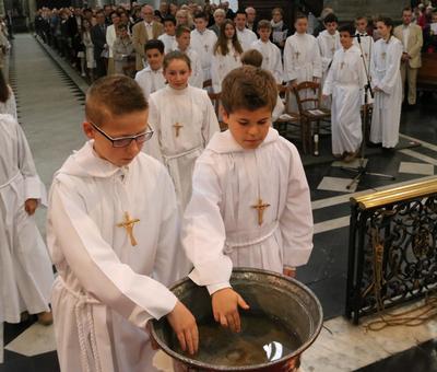 1606_Profession de foi (St-Jean - gr A) 26