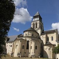 l-abbaye-royale-de-fontevraud_editorial_content_fu