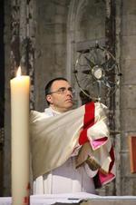 Img_Adoration eucharistique