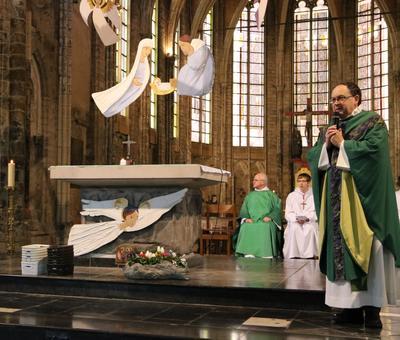 1701_Messe à ND 36