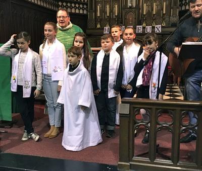 2017-02-04 - Premie#res communions a# Rousies - 42