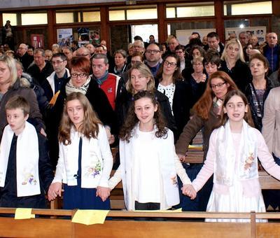 2017-02-05 - Messe familles - 1e#re communion SC -