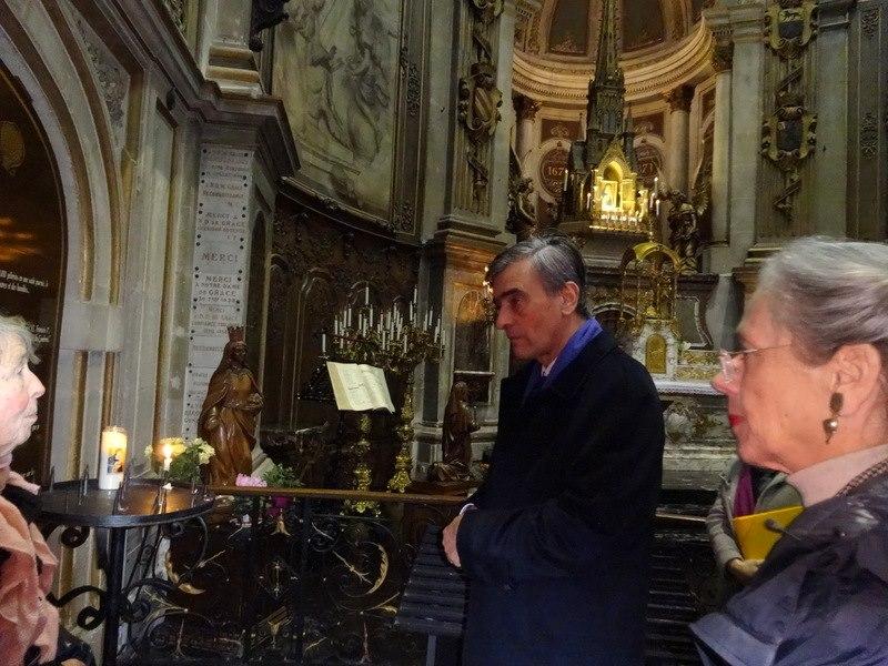 L'ambassadeur et son épouse à la chapelle ND de Grâce avec la célèbre Icône et statue de Ste Elisabeth