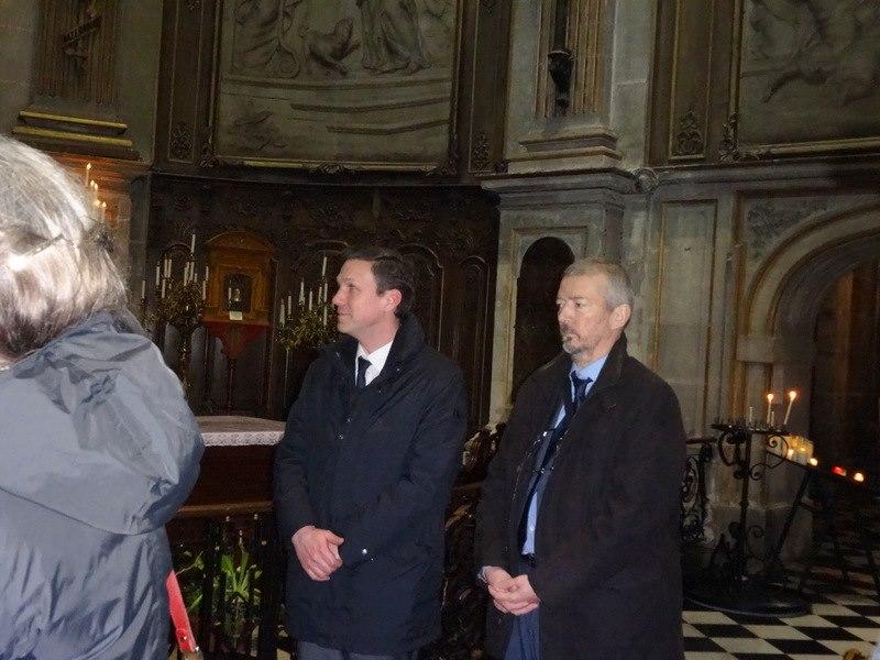 Monsieur le Premier Secrétaire (sur la gauche)