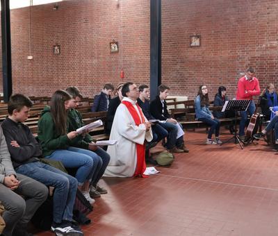 1704_St Jean Rameaux et Passion (Lycée) 21