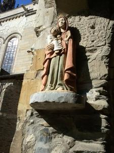 Statue Marie Cathedrale Angers