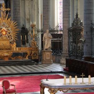 1706_Célébration de l'Eucharistie 1
