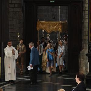 1706_Célébration de l'Eucharistie 2