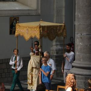 1706_Célébration de l'Eucharistie 3