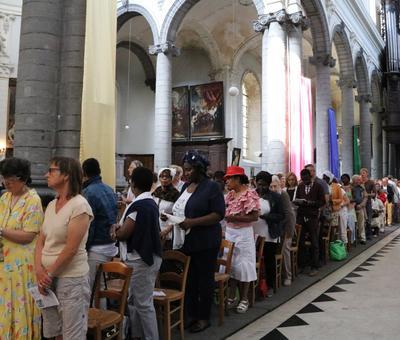 1706_Célébration de l'Eucharistie 9