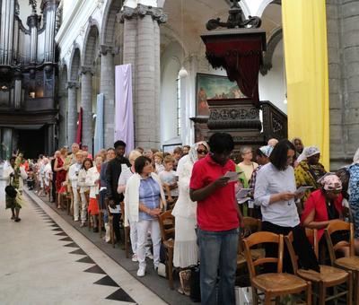 1706_Célébration de l'Eucharistie 10