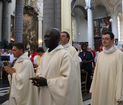1706_Célébration de l'Eucharistie 19