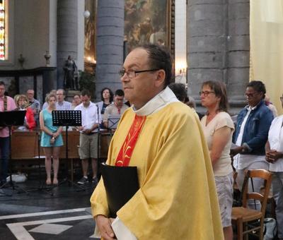 1706_Célébration de l'Eucharistie 20