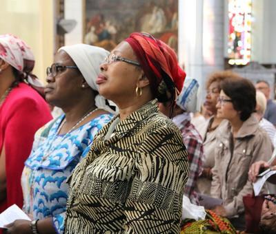 1706_Célébration de l'Eucharistie 23