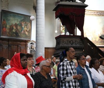 1706_Célébration de l'Eucharistie 26