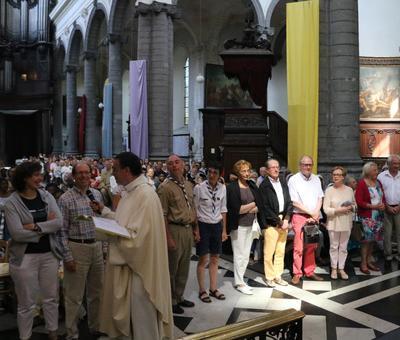 1706_Célébration de l'Eucharistie 40