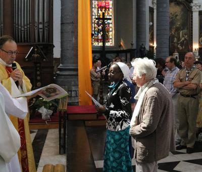 1706_Célébration de l'Eucharistie 45